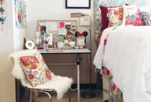 dorm / dorm | University of Alabama + room + ideas + decorating + college + organization + hacks + DIY + bedding