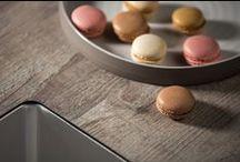 TopCore | keukenblad met structuur / TopCore heeft unieke kleuren, bijzonder deddins en voelbare oppervlaktestructuren. Deze geven het werkblad een hoogwaardige uitstraling. Het is zeer stevig, kan tegen een stootje en is bijzonder watervast.