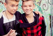 marcus and martinus is my life / My everithing,my life,my bæs,my world,my babes and my pineapple&banana
