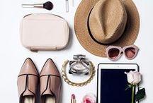 fashion flatlays / Hier gibt es die schönsten Flatlays, die und Outfit Inspiration liefern!
