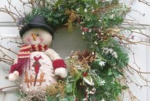 Wreaths / Front door greetings & entrance ways