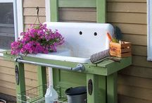 Potting Benches &  Other Outdoor Benches.... / Ideas for making one...