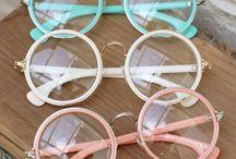 Let me see... / Briller, glasses, lunettes!