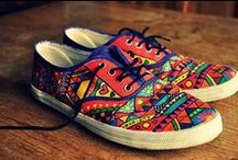 DIY SHOES / DIY SHOES IDEAS, #paintingshoes, #sharpieshoes, #sneakers #diyshoestutorial