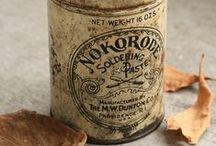 Stare puszki / Old tins