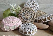 Szydełkiem: kamienie / Crochet stones