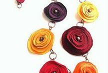 Biżuteria: naszyjniki / Jewellery: necklaces