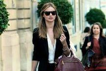 Optic2000 X Looks / Depuis plusieurs mois, l'équipe du Mag d'Optic2000.com vous propose 2 looks à chaque numéro. Retrouvez ici toutes leurs propositions de jeans et jupes, shorts et robes....toujours accompagnées de lunettes bien sûr!