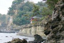 """本州 """"Hitachi/Iwaki"""" / 茨城県、福島県です。けっこう地味なエリアです。ハイ! その分、手つかずで素朴な景観は素晴らしいです。夏井川渓谷や五浦海岸、あぶくま洞、袋田の滝、霞ヶ浦、大洗海岸など見どころはかなり多いエリアです。ただあまりメジャー感がないだけです。水戸は徳川御三家の黄門様のお膝元ですね。"""