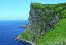 """離島 """"Oki"""" / 隠岐ノ島です。海岸美のヤバい島です。飛行機で行くのが良いかと思います。金田一シリーズ(アニメじゃないよw)の悪霊島の舞台です。たしかw 魔天崖とかスケール大きすぎでしょ。"""