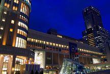 Sapporo Night View / メトロポリス ナイト ビューから独立しました。北海道最大の都市、札幌の夜景です。ススキノ 楽しいです。お金もいっぱい使いますw 新千歳空港からもそんなに遠くないので便利です。雪まつりは、有名ですね。