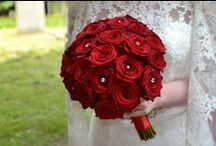 Wedding Bouquets with Red Naomi Roses / Inspirational Wedding Bouquets with Red Naomi Roses by Porta Nova.