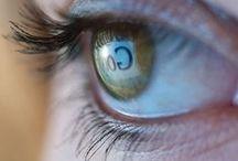Computer Ogen / Als je ogen vermoeid en gespannen aanvoelen als gevolg van intensief schermgebruik.
