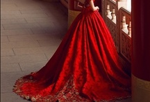 Beautiful Dresses/Gowns / by Julie Moore