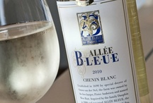 Allée Bleue, Franschhoek / A unique place in an absolutely heavenly setting As one of the oldest vineyards in the Cape, the ALLÉE BLEUE Estate has not only witnessed an eventful past but is also set to witness a challenging future. Get to know ALLÉE BLEUE and discover a unique place which offers an exciting combination of new and old, tradition and innovation, and history and modernity.