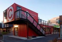 Container Retail / Retail architecture made of Containers