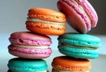 .french macarons.