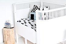 + Babykamer zwart wit + / Nursery inspiration black and white | Baby nursery | Kidsroom styling | Babykamer inspiratie zwart wit