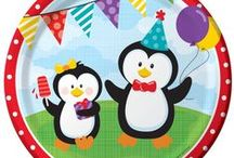 Penguin Party Supplies / Everyone loves Penguins! Why not have a penguin party? This is a cool party idea for any time of year. Penguins will enhance your zoo themed party or Christmas party.