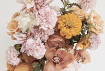 Florals / Floral inspiration for brand styling, wedding inspiration, floral design, floral styling and more from a romantic creative director.