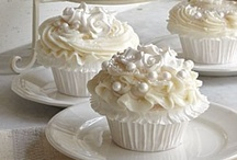 cupcakes all over the place..... / by wai