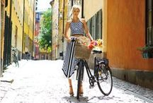 bicicletas / Bicycles everywhere, the best and healthiest way of transportation!  / by MarinaSpelzon