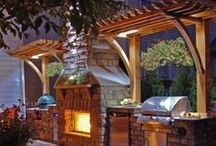 Backyard Bliss / Amazing backyards, decks, & outdoor spaces. Okay, we're a little bit jealous.