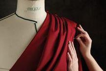 Mode Habillement - ESIV / L'École supérieure des industries du vêtement (ESIV) vise à former des étudiants à une double compétence technique et managériale et prendre en charge tout ou partie du processus de l'industrialisation d'une collection de produits d'habillement et ce, du dessin du styliste jusqu'à l'entrée en magasin. Ils sont destinés à occuper des fonctions d'encadrement dans l'industrie du Textile Habillement.