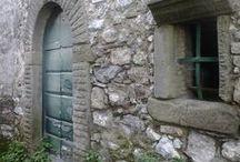 porte..portoni e vecchie finestre