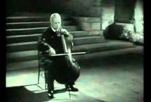 Música / by Rosa Guinnot