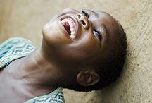 Happy Happy Happy / Hymyä, naurua, iloa