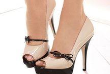 Zapatos y carteras