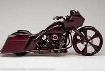 Harley & Co. / Cool Bikes / by El Nadini