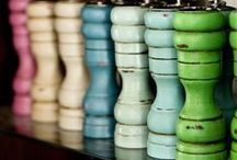 Annie Sloan Chalk Paint- inspiration / Lovely and amazing ideas for using Annie Sloan Chalk Paint. We love Chalk Paint:)