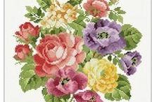 Hama/cross stitch flowers