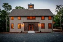 Grantham Lakehouse / With The Grantham Lakehouse, Yankee Barn Homes returns to our roots building the rectangle traditional barn home. Coming in at 2408 sq ft, the post and beam home is a moderate size three bedroom home that lives larger than it appears.