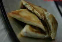 Briouates au kiri / La recette sur mon blog :  http://cookinglikebree.com/2012/12/22/kiri-kiri-kiri-facon-briouates/