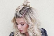 Top summer hair styles / As we head into summer season, Pinners are loving messy buns, braided-but-casual up dos and half-up back styles. Try these top pinned ideas for long and short hair this summer.