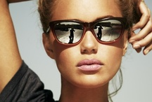 Mirrored sunnies