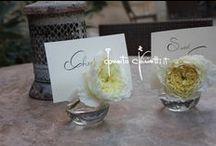 Rose inglesi e roseti... / ...segna tavolo, cuori per auto da sposa e borsette floreali a Tore del Parco