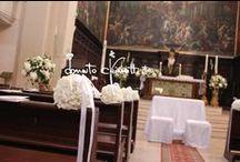 Benvenuto di ortensie e gelsomino... / ...in Basilica e candelabri a Castello Monaci.