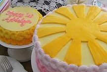 Rainbow and Sunshine Party Ideas / Ideas for rainbow and sunshine-themed parties - decor, food, favors and more