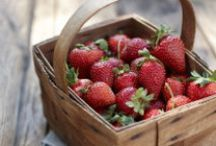 Strawberries, Strawberries, Strawberries! / Um, it's basically all about strawberries.