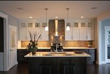 Kitchen Remodeling / Remodeling your kitchen involves more details and planning than any other room of your home. #kitchen #design #remodeling #renovation