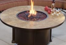 Outdoor fire tables and fire pits / Burn the night away!