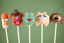 Creative Cake Pops / Works of art too beautiful to consume. / by Karina O'Rourke
