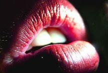 Lipstick / A insustentável leveza da maquilhagem labial