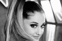 Ariana ponytail / Ariana with here famous ponytail