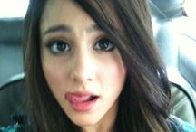 Ariana Brown straight hair / Ariana with Brown straight hair