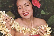 Lei / Fresh Leis from Polynesia